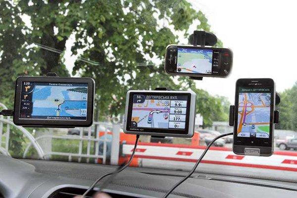 Правильный выбор GPS-навигаторов.  GPS-устройств на прилавках - масса, и все разные.  Но как купить лучший.
